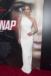 Malea Rose looked simply divine in a white one-shoulder column dress at the premiere of 'Kidnap.'