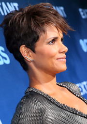 Halle Berry sported a tousled pixie during the premiere of 'Extant.'