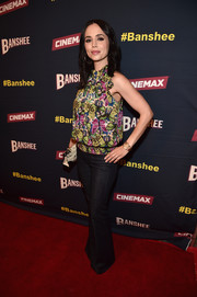 Eliza Dushku was casual and cute in a sleeveless butterfly-print blouse at the 'Banshee' 4th season premiere.
