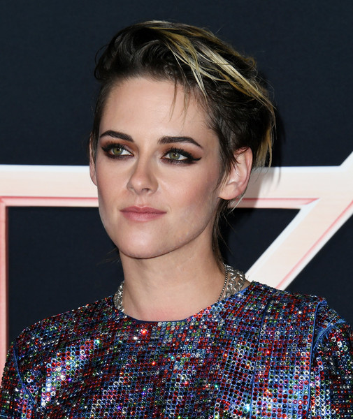 Kristen Stewart rocked her signature tousled 'do at the premiere of 'Charlie's Angels.'