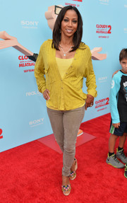Holly Robinson Peete was dressed down in a yellow-button-down and skinny jeans when she attended the premiere of 'Cloudy with a Chance of Meatballs 2.'