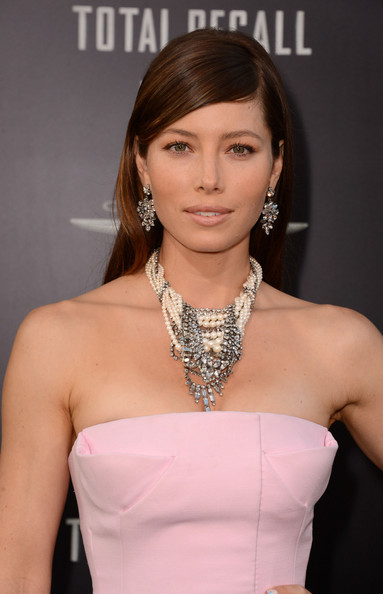 More Pics of Jessica Biel Diamond Statement Necklace (1 of 46) - Diamond Statement Necklace Lookbook - StyleBistro