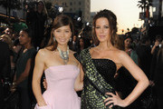 Kate Beckinsale and Jessica Biel Photo