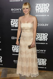 Anna looked lovely in nude lace at the 'Zero Dark Thirty' premiere in Hollywood.