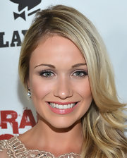 Katrina Bowden matched the romance of a lacy dress with seashell pink lipstick.