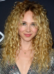 Juno Temple was wildly coiffed with big curls at the 'Sin City: A Dame to Kill For' premiere.