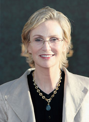 Jane Lynch opted for a casual razor cut when she attended the premiere of 'Alice Through the Looking Glass.'