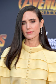 Jennifer Connelly stuck to her signature straight tresses when she attended the premiere of 'Avengers: Infinity War.'