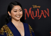 Lana Condor matched her outfit with a pair of blue gemstone earrings when she attended the premiere of 'Mulan.'