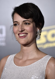 Phoebe Waller-Bridge looked cute with her short side-parted 'do at the premiere of 'Solo: A Star Wars Story.'