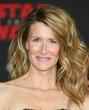 Laura Dern looked fabulous with her fanned-out waves at the premiere of 'Star Wars: The Last Jedi.'