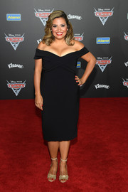 Cristela Alonzo was sexy-chic in an off-the-shoulder LBD at the premiere of 'Cars 3.'