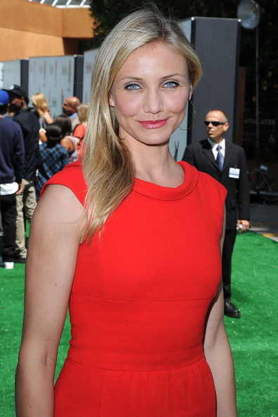 More Pics of Cameron Diaz Long Straight Cut (3 of 37) - Long Straight Cut Lookbook - StyleBistro