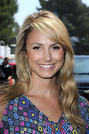 "Actress Stacy Keibler showed off her long curls while hitting the ""Shrek Forever After"" premiere."