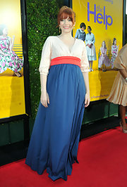 Bryce Dallas Howard was glowing at the premiere of 'The Help' in a color-blocked maternity dress.