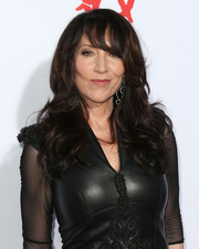 Katey Sagal stuck to her usual long curls with eye-grazing bangs when she attended the premiere of 'Sons of Anarchy' season 6.