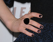 Ellie Kemper donned a black gemstone cocktail ring while attending the premiere of 'Somewhere'.