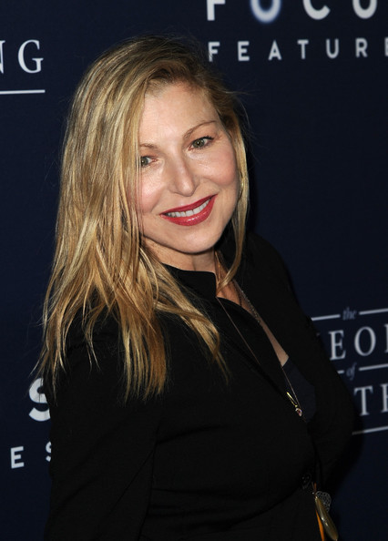 Tatum O'Neal's Side-Parted Cut
