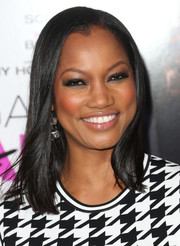 Garcelle Beauvais looked effortlessly stylish with her sleek straight 'do at the 'Baggage Claim' premiere.