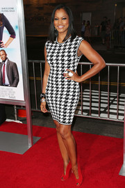 Garcelle Beauvais made a very stylish choice with this black-and-white houndstooth dress during the 'Baggage Claim' premiere.