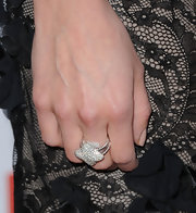 Jess Weixler paired her lace dress with a Quatrefoil ring in pave white diamonds.