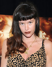 Paz de la Huerta styled her hair with wavy ends and blunt bangs for the premiere of 'God Bless Ozzy Osbourne.'