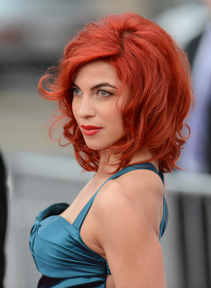 More Pics of Natalia Tena Medium Curls with Bangs (1 of 7) - Medium Curls with Bangs Lookbook - StyleBistro