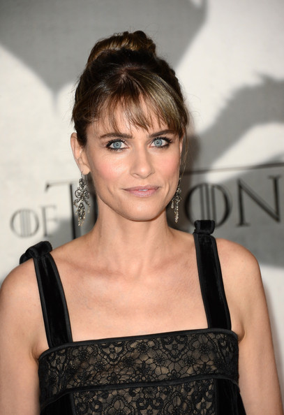 More Pics of Amanda Peet Nude Lipstick (1 of 2) - Nude Lipstick Lookbook - StyleBistro