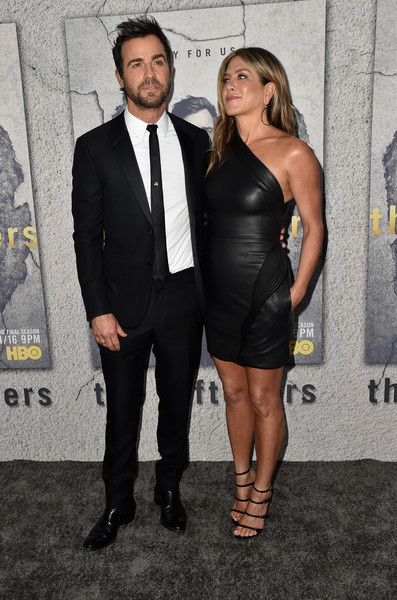 More Pics of Jennifer Aniston Gold Hoops (1 of 19) - Jennifer Aniston Lookbook - StyleBistro [the leftovers,season,dress,suit,fashion,little black dress,premiere,event,cocktail dress,formal wear,muscle,tuxedo,arrivals,actors,jennifer aniston,justin theroux,los angeles,hbo,premiere,premiere]