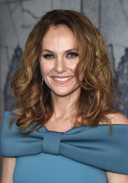 Amy Brenneman attended the premiere of 'The Leftovers' season 3 wearing her hair in high-volume curls.