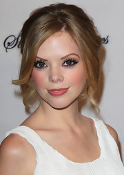 Dreama Walker wore her sunny tresses in a romantic updo featuring loose face-framing curls for the premiere of 'Life Happens.'