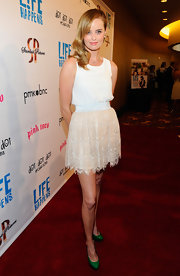 Ricki Noel Lander wore this delicate lace mini to the 'L!fe Happens' premiere.