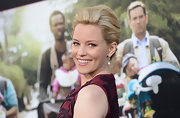 Elizabeth Banks wore her hair in a lovely ladylike French twist for the premiere of 'What to Expect When You're Expecting.'