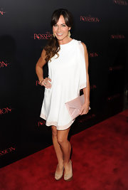 Nikki Deloach looked unique yet minimal in her white dress at the premiere of 'The Possession.'