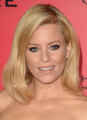 Elizabeth Banks looked simply lovely with her mid-length bob at the 'Catching Fire' premiere in LA.
