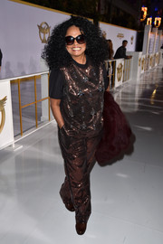 Diana Ross sparkled all over the place in her sequined pants and tee combo.