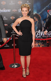 Scarlett Johansson paired ultra-sexy strappy heeled sandals with her LBD at 'The Avengers' premiere.