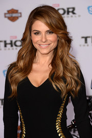 Maria Menounos finished off her look with a sexy wavy 'do when she attended the premiere of 'Thor: The Dark World.'