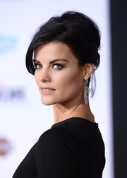Jaimie Alexander swept her hair up in a messy-sexy beehive for the premiere of 'Thor: The Dark World.'