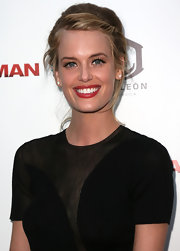 Taylor Bagley looked gorgeous at the 'Iceman' premiere with her hair in a loose updo.