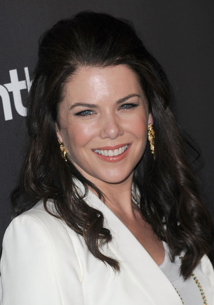 More Pics of Lauren Graham Peep Toe Pumps (1 of 14) - Lauren Graham Lookbook - StyleBistro