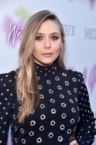 Elizabeth Olsen opted for a loose, subtly wavy hairstyle when she attended the premiere of 'Ingrid Goes West.'
