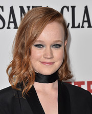 Liv Hewson looked cute with her asymmetrical curls at the premiere of 'Santa Clarita Diet.'