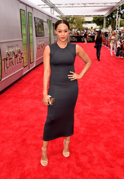 Tia Mowry kept it sleek and sexy in a figure-hugging neoprene LBD by Alexia Ulibarri during the 'Teenage Mutant Ninja Turtles' premiere.