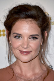 Katie Holmes styled her hair into a Gibson Girl updo for the premiere of 'The Kennedys: After Camelot.'