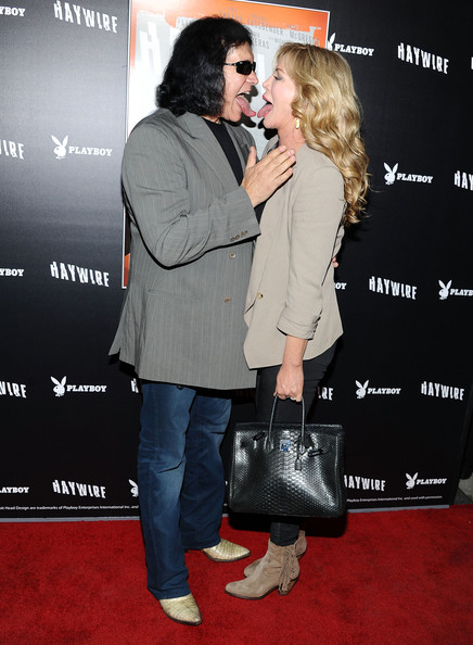 More Pics of Shannon Tweed Leather Tote (1 of 4) - Shannon Tweed Lookbook - StyleBistro