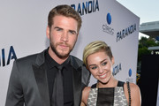 Miley Cyrus and Liam Hemsworth Photo
