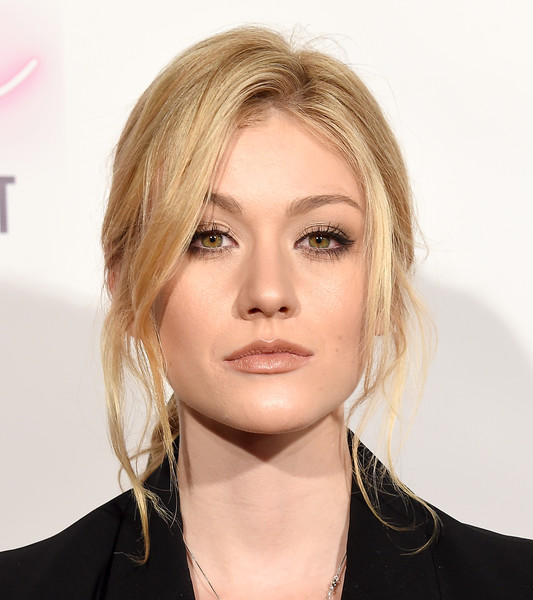 Katherine McNamara was elegantly coiffed with this loose side-parted ponytail at the premiere of 'Anthem of a Teenage Prophet.'