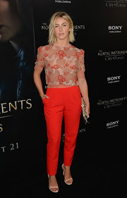 Julianne opted for a contemporary look with a touch of feminine flare when she wore this embellished floral top.
