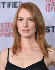Alicia Witt sported edgy layers when she attended the 'Justified' season 5 premiere.